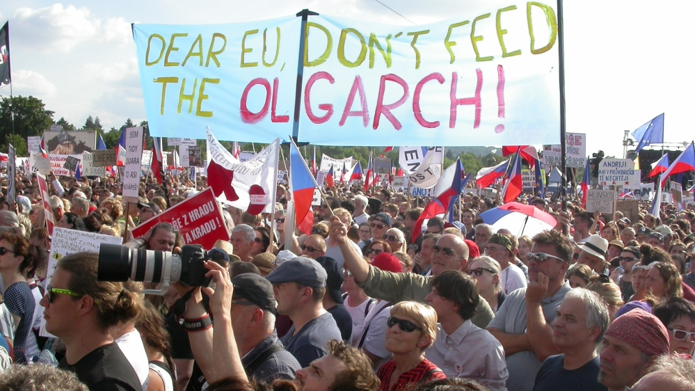 According to the protest organizers of A Million Moments for  Democracy at least 250,000 participants gathered