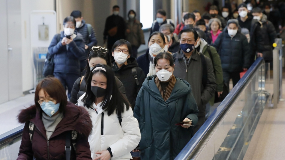 China broadens lockdowns as coronavirus death toll rises | China ...