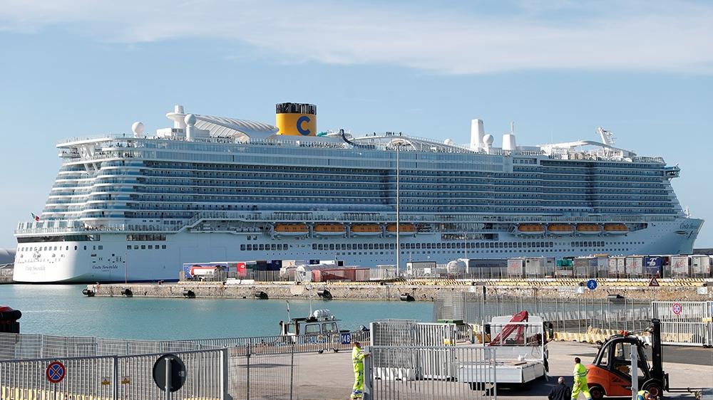 Tourists on Italian cruise ship cleared of coronavirus | Italy ...