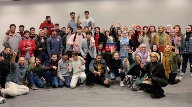 US Muslim college students pluralism