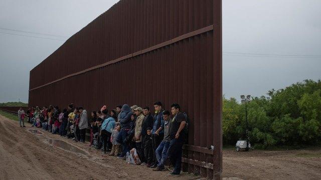 US border asylum seekers