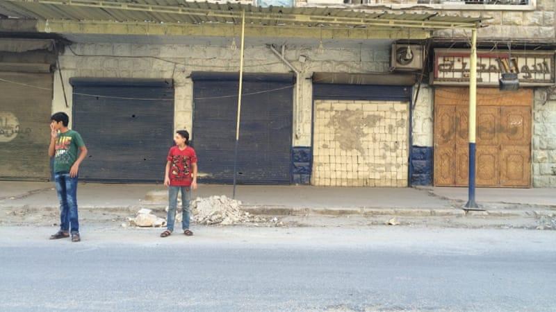 More than 200 Syrian civilians were killed in Aleppo last week [Zouhir al-Shimale/Al Jazeera]