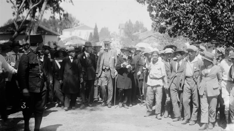Arthur James Balfour is pictured visiting Jewish colonies in Palestine in 1925 [Getty Images]