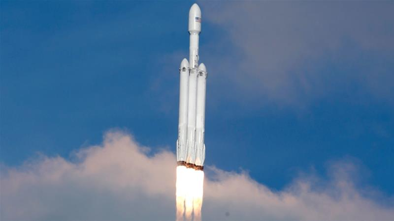 Car In Space Wallpaper Elon Musk Spacex Successfully Tests Falcon Heavy Rocket News Al
