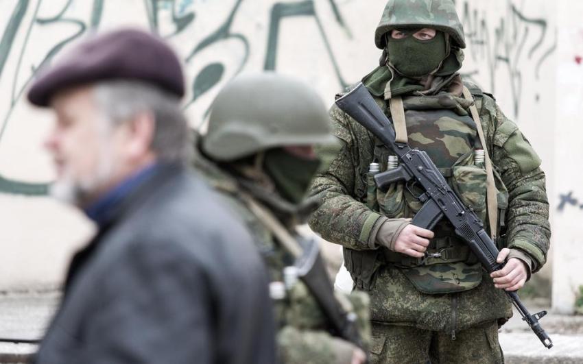 russian army in crimea ile ilgili görsel sonucu