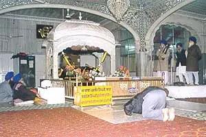 Gurudwara Majnu Ka Tila  Delhi  Gurudwaras in India