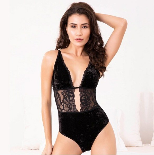 The Right Mix of Comfort & an Oomph Factor with Babydolls Nightwear