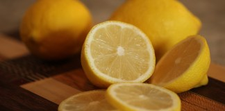 11 Amazing household uses for lemons