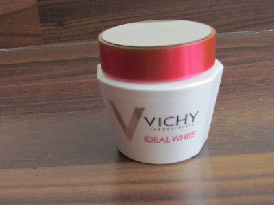 Vichy Ideal White sleeping mask