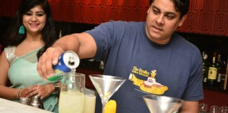 Cyrus mixing the drinks