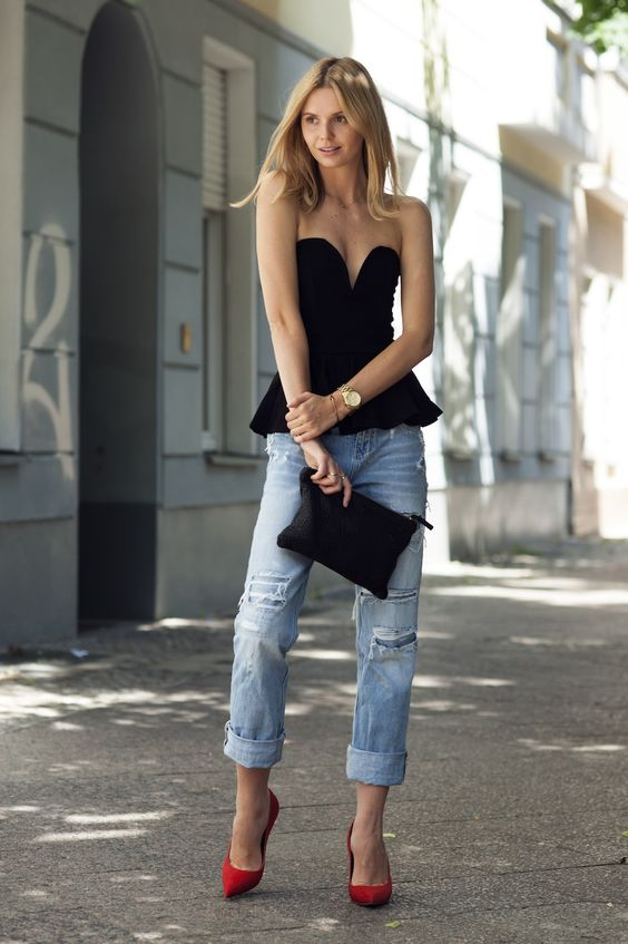 Boyfriend Jeans is the perfect look this summer