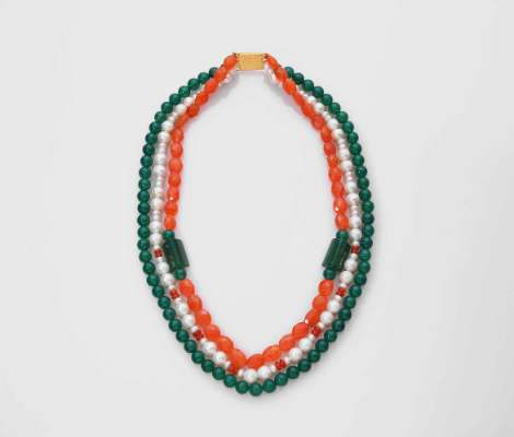 Tri-coloured necklace