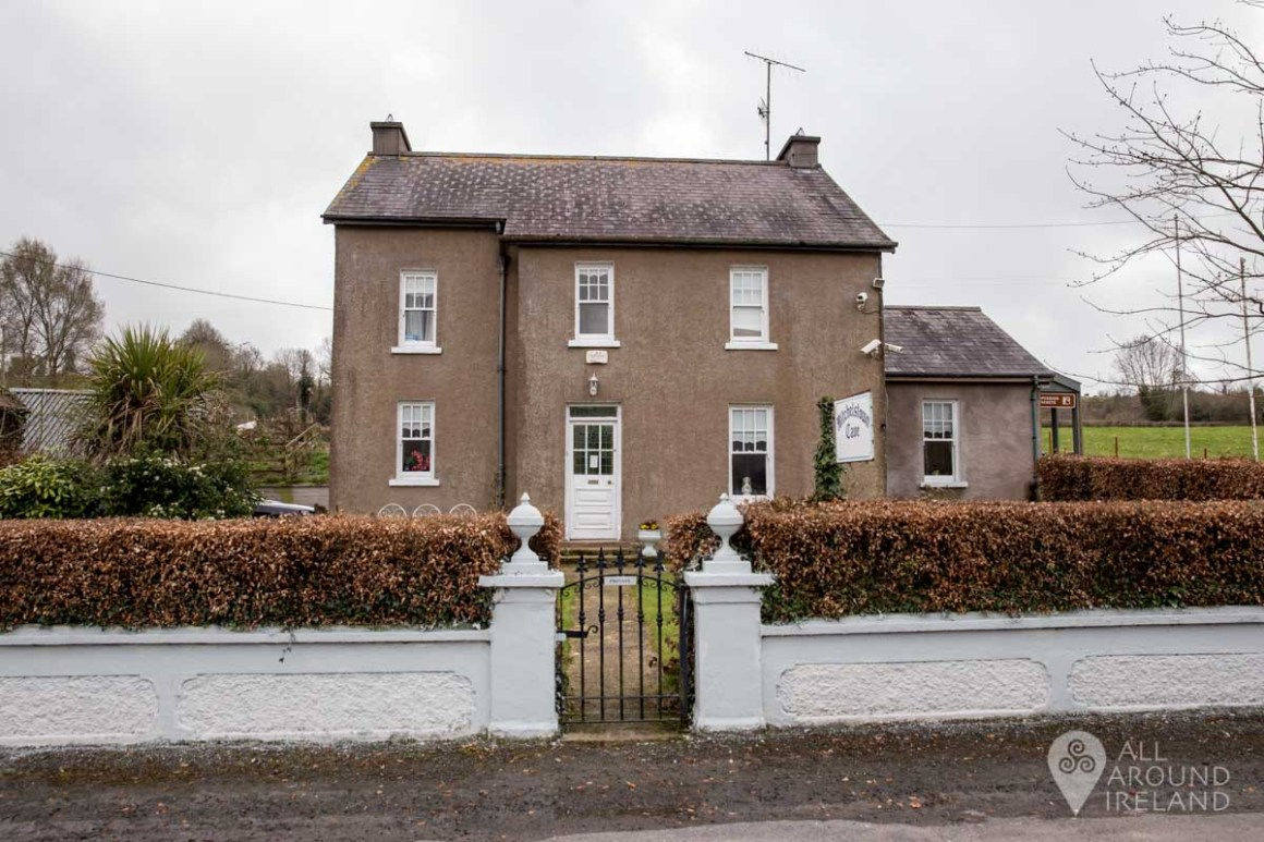 Farmhouse at the entrance to Mitchelstown Cave