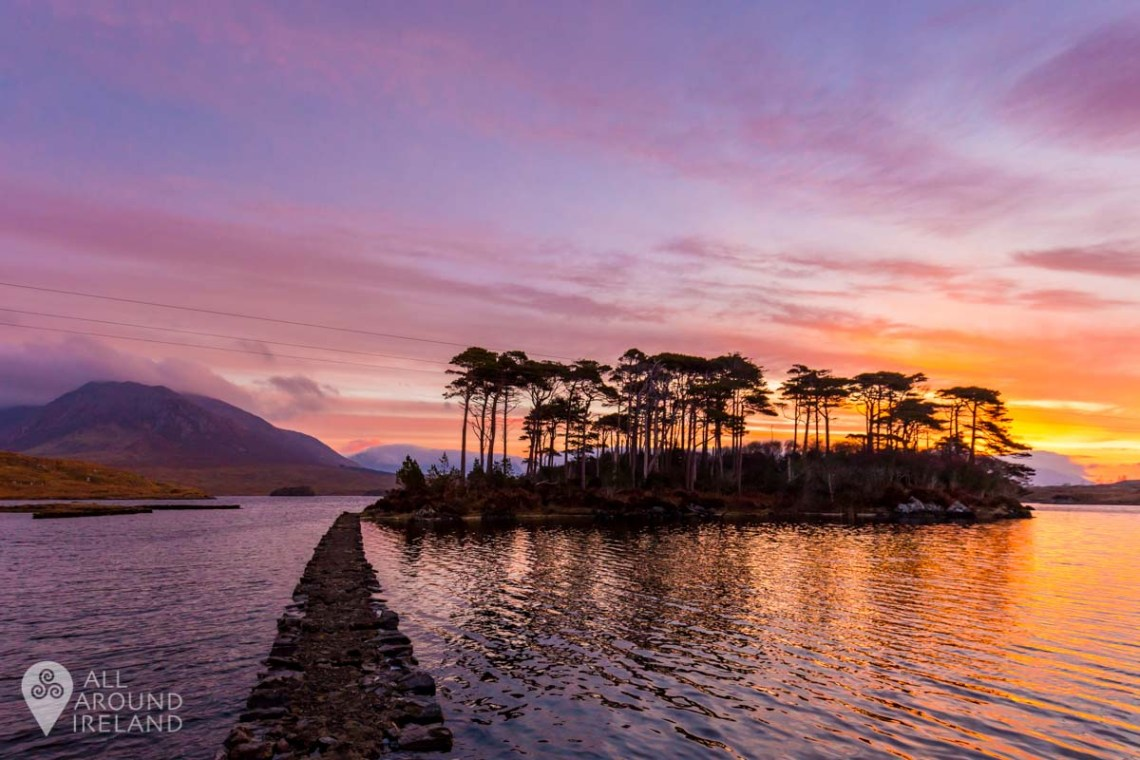 Sunrise at Derryclare Lough