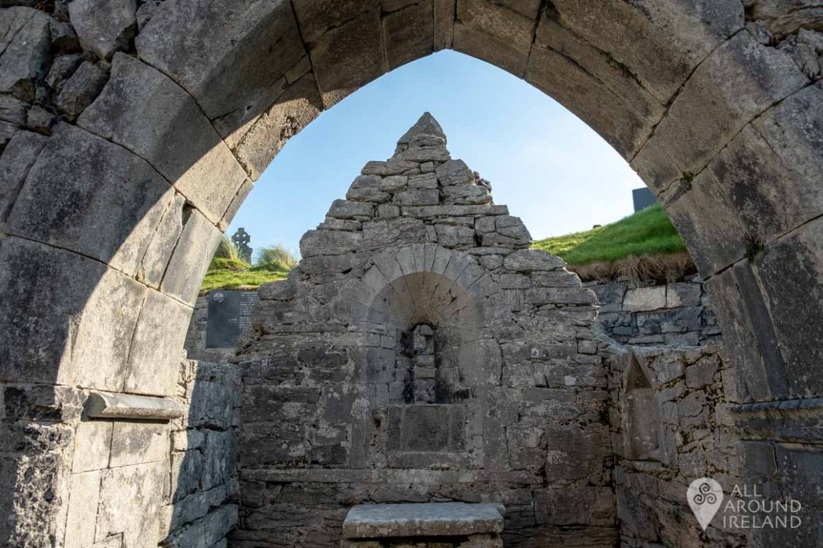 Inside Teampall Chaomháin (St Kevin's Church) on Inis Oirr (Inisheer)