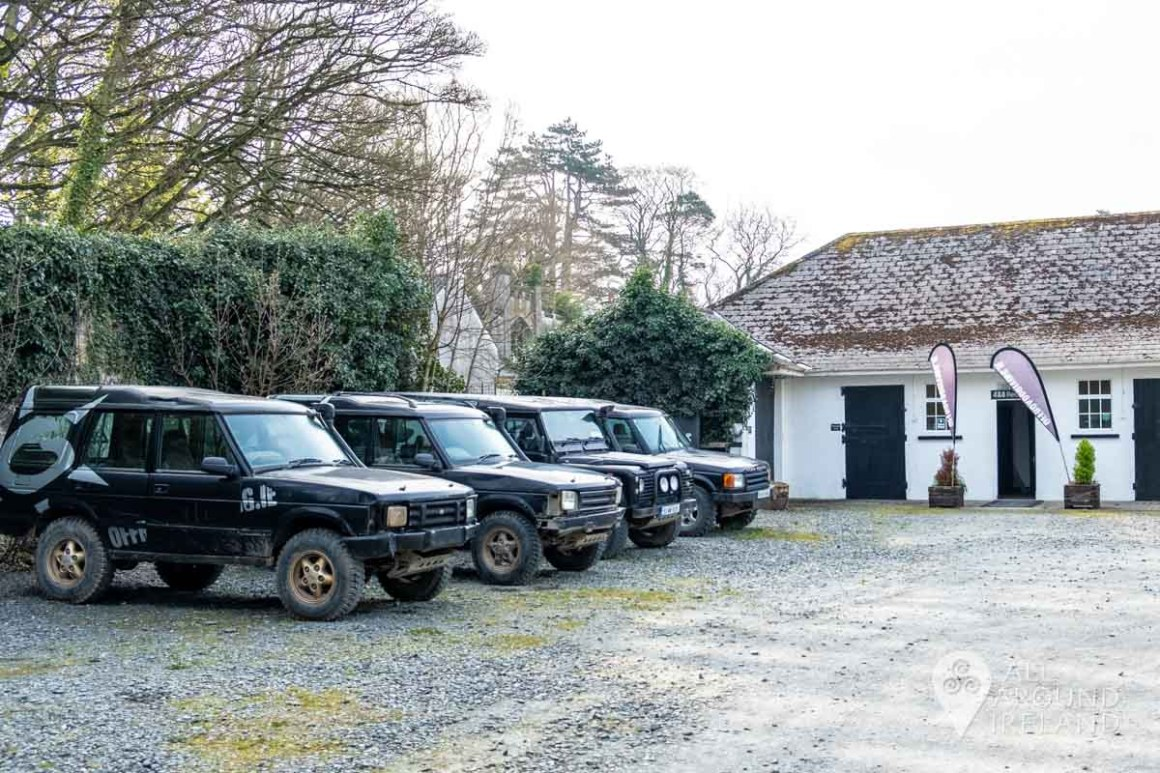 4X4 Land Rover jeeps lined up outside OffRoadDriving.ie