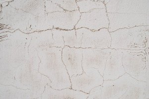 Common Causes of Wall Cracks