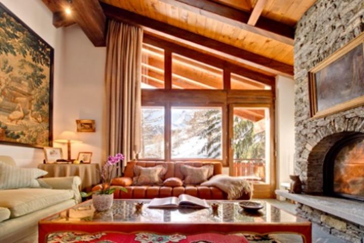Ski Chalet in Zermatt 4 bedrooms Skiin  Skiout