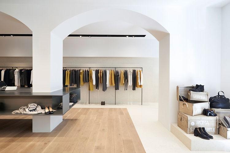 Agencement magasin de pret a porter Aix en provence Cannes