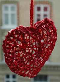 Over 100 Free Valentines And Heart Crochet Patterns At