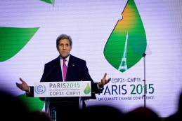 U.S. Secretary of State John Kerry gives his closing remarks at the 'COP21' UN climate summit. Photo: Arnaud Bouissou / COP21