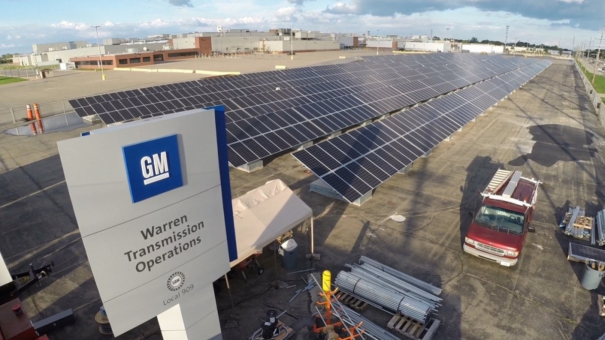 The 4-acre, 2,800-panel solar array at General Motors is part of a big push by DTE Energy to install more renewable energy operations in and around Michigan. The Detroit-based utilty has invested $2 billion in solar and wind projects since 2008. Photo courtesey DTE Energy