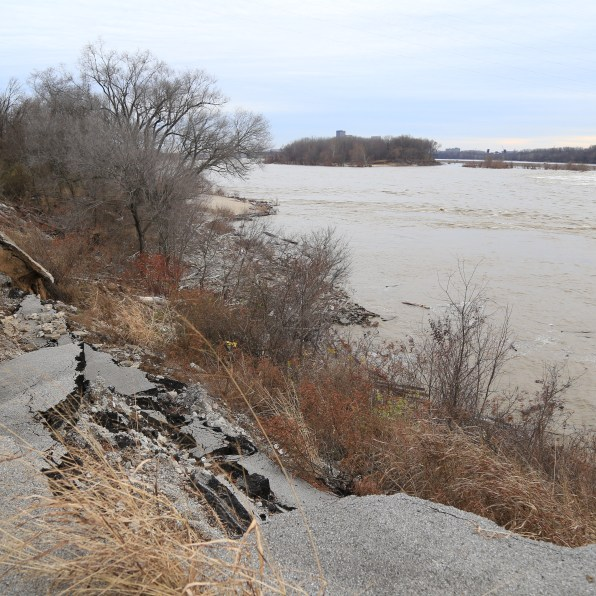 A river road in Indiana sloughing into the Ohio River. Photo: Ryan Van Velzer/WFPL