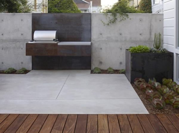 Betonzaun Eine elegante Innenhofgestaltung erreichen