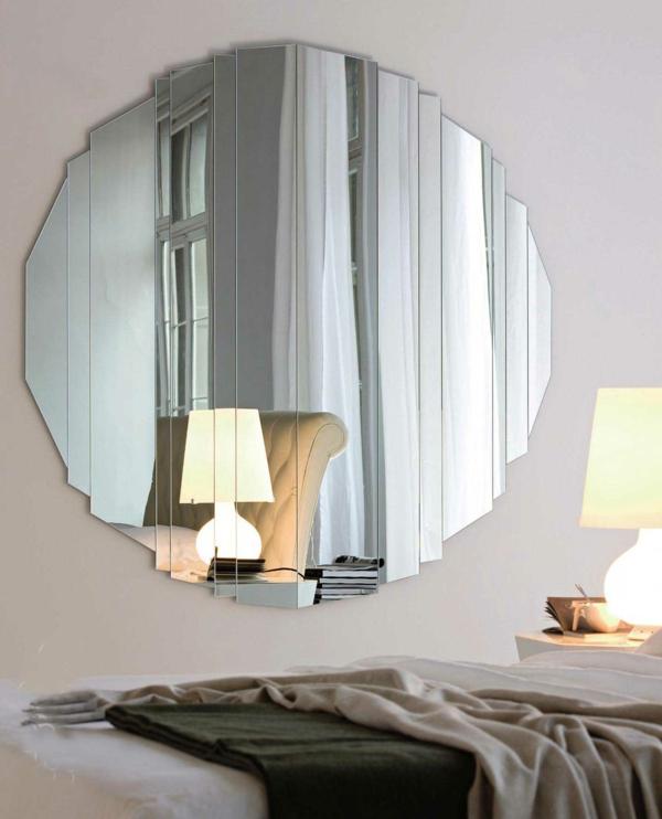 Wandspiegel  rund und elegant Schne Hinzufgung an der Wand