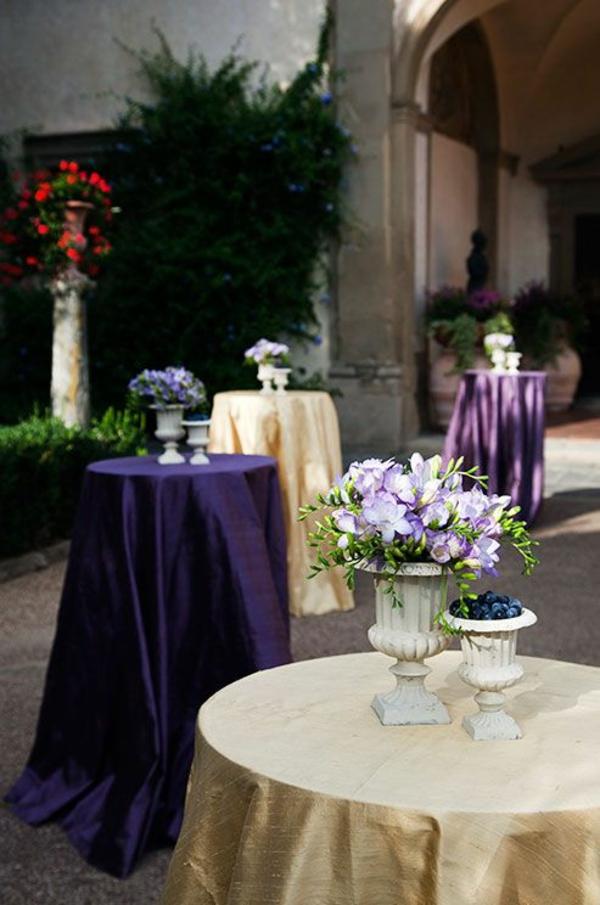 Blumen Tischdekoentdecken Sie die Freesien als eine schne Dekoration