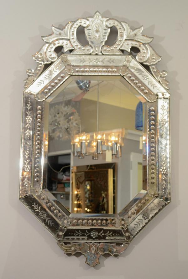 Wandspiegel Design  ein venezianischer Akzent in Ihrem