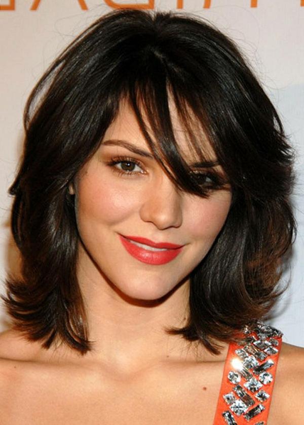▷ Aktuelle Mädchenfrisuren Für Haare Der Mittleren Länge