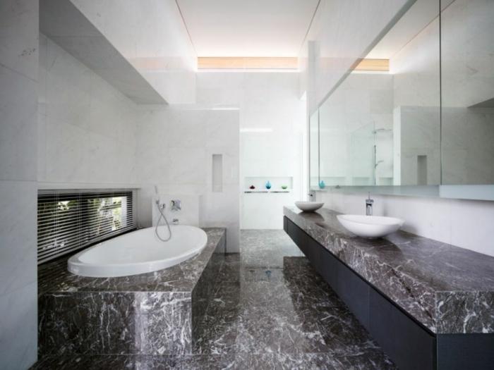 Bodenfliesen Bad  die schwarzen Fliesen als passend