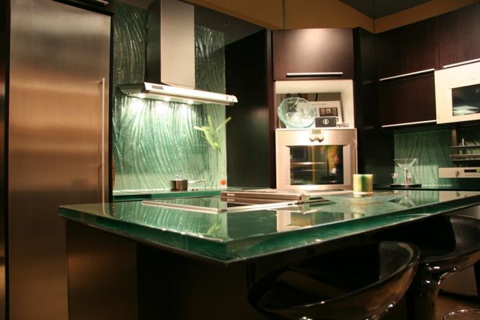Kchenplatte aus Glas  eine Kombination von Funktionalitt und Kunst
