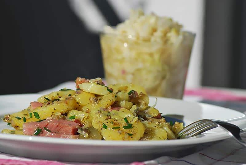 Selchfleischgröstl mit Krautsalat zu Mittag