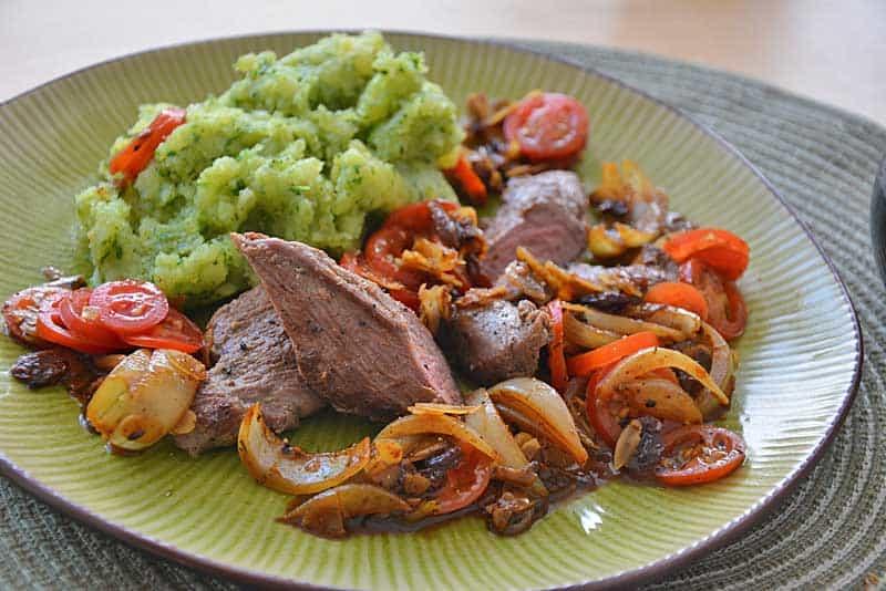 Orientalisches Lammfilet mit grünem Kartoffelstampf