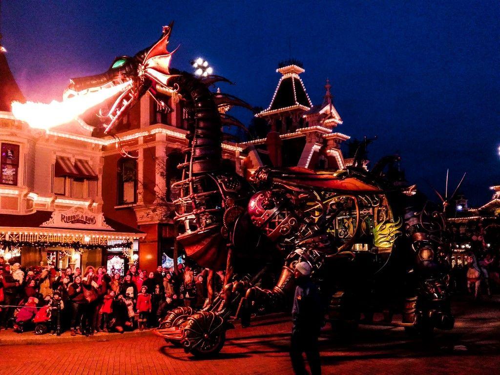 Natale a Disneyland Paris - sfilata