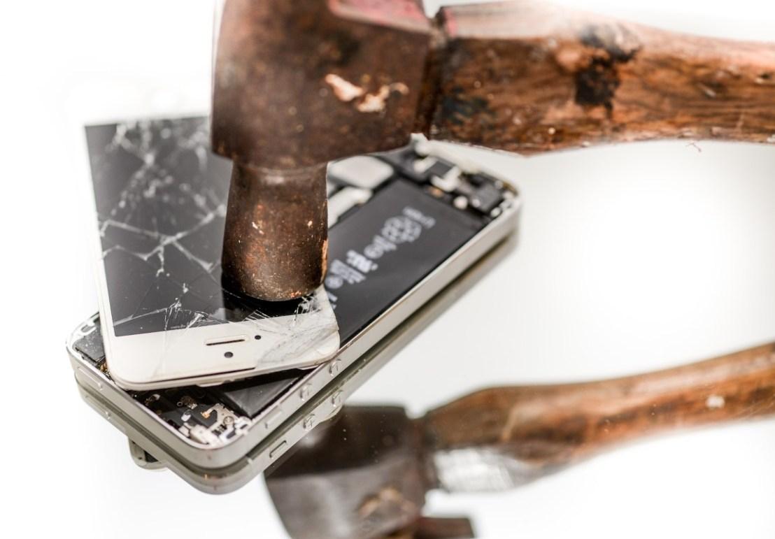 staccare il cellulare