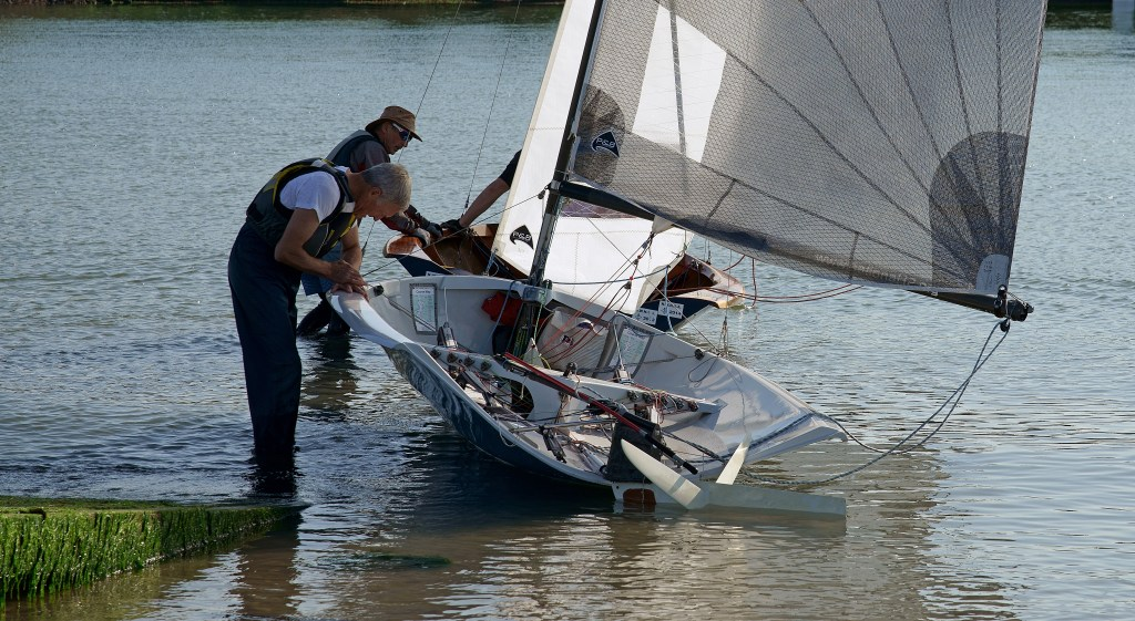 National 12 dinghy launching