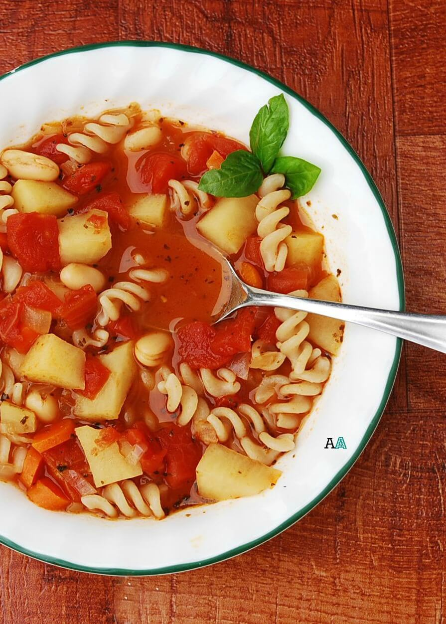 Vegan Slow Cooker Minestrone