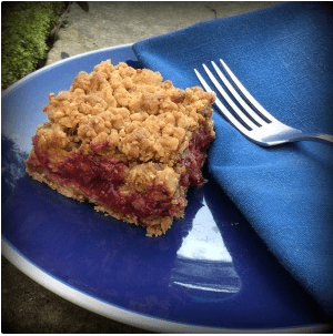 Vegan Strawberry and Blackberry Oat Squares