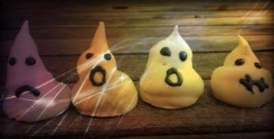 Egg Free Meringue Ghosts