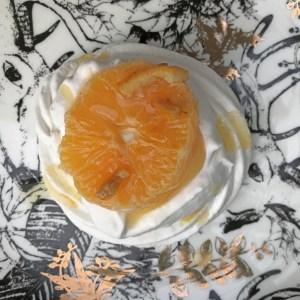 Vegan Pavlova with Oranges