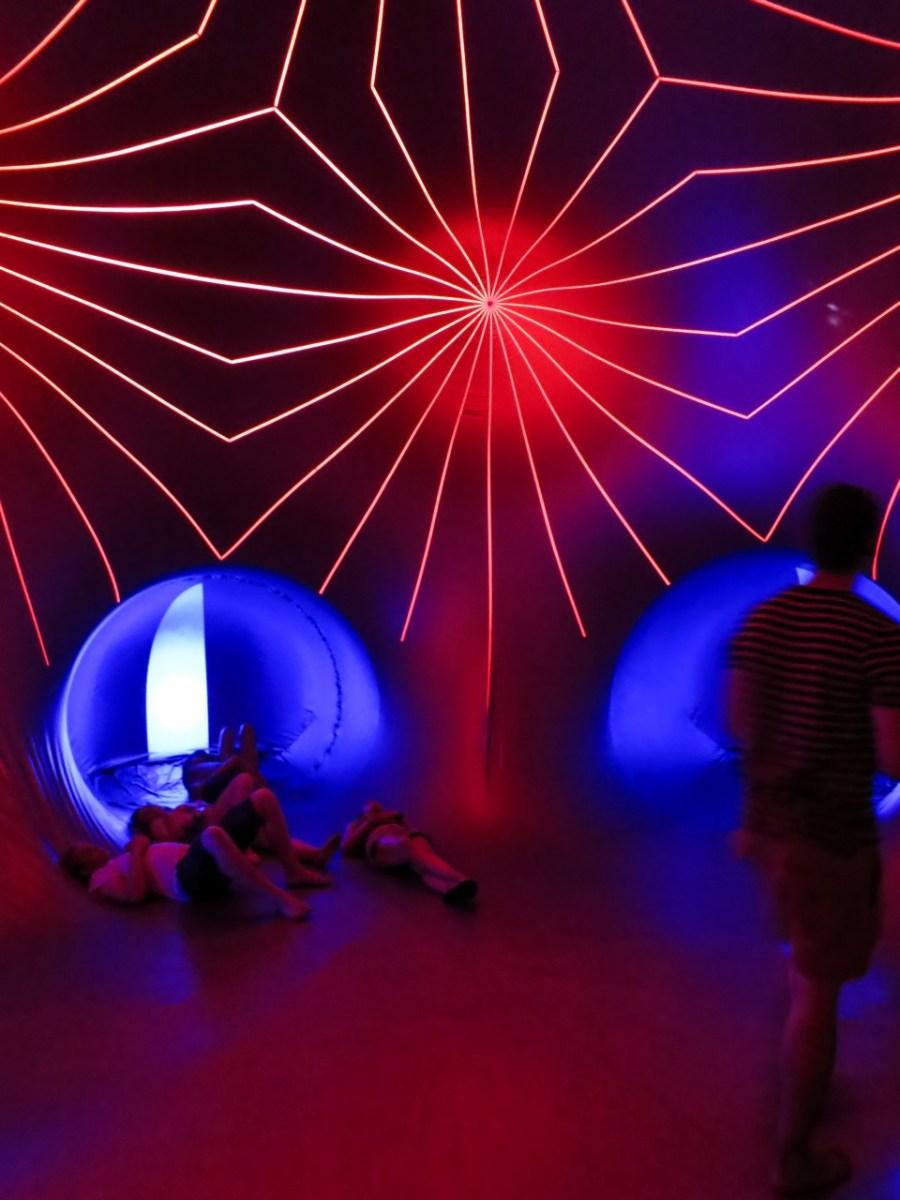 Chillen im Luminarium auf dem Sziget Festival 2013