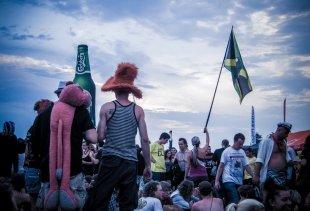 Publikum auf dem Haltestelle Woodstock-Festival