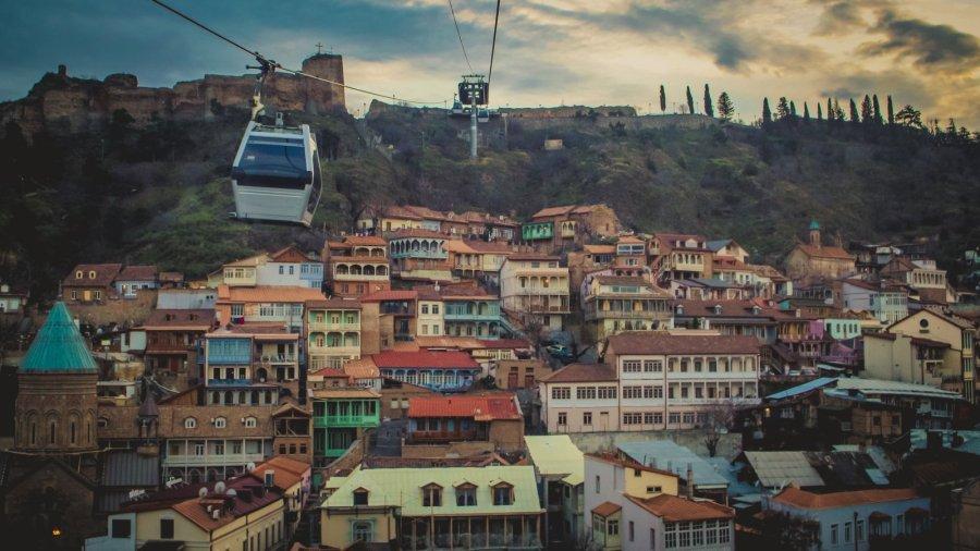 Selbahn zur Festung von Tbilisi