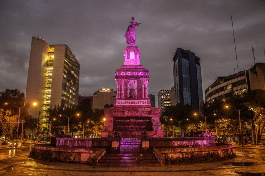 Monumento a Cuauhtemoc in Mexico City