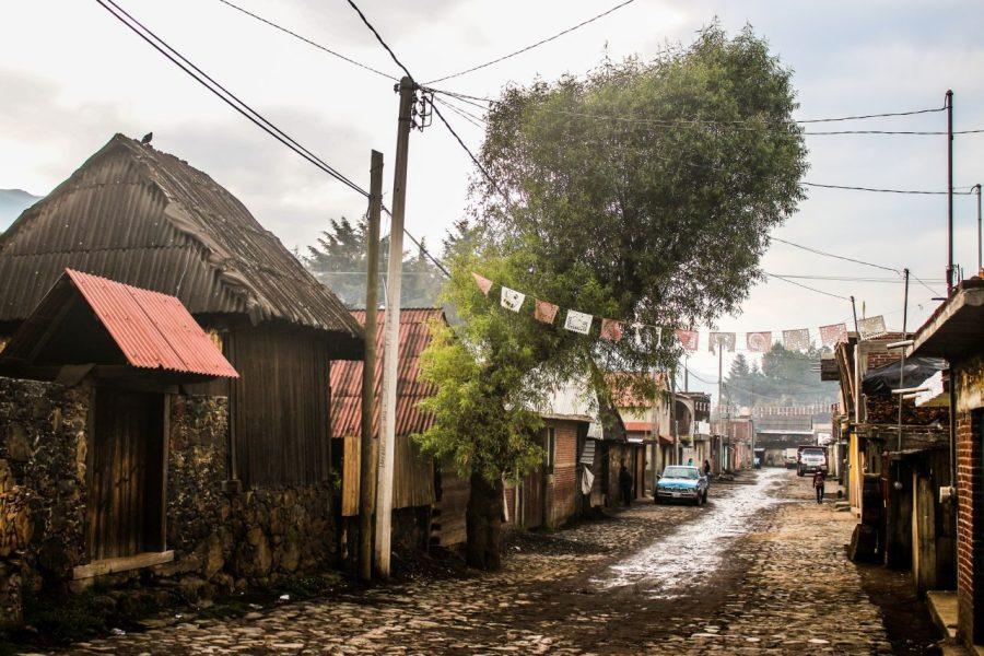 Die Stadt Angahuan am Paricutin