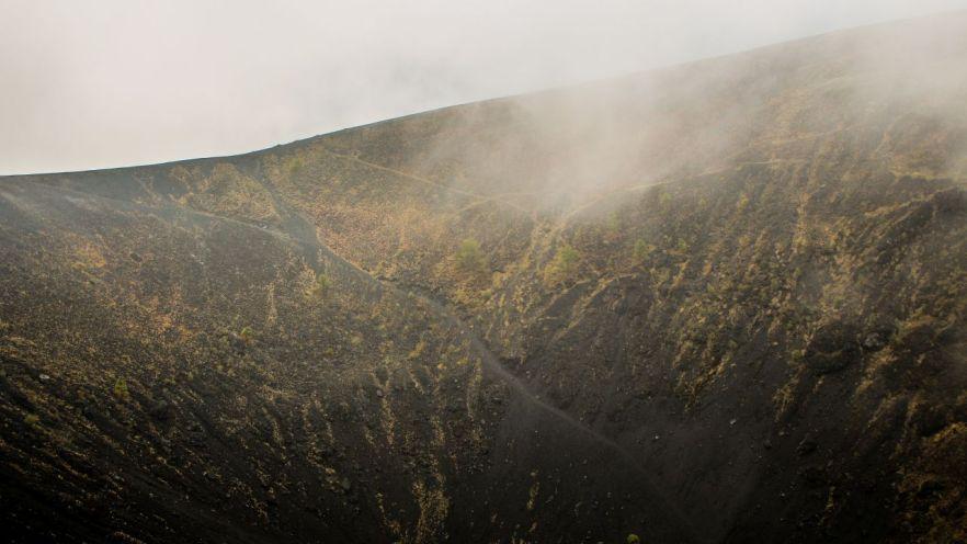 Weg in den Krater vom Vulkan Paricutin