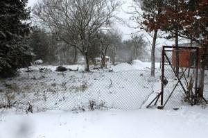 Unser Grundstück im Schnee